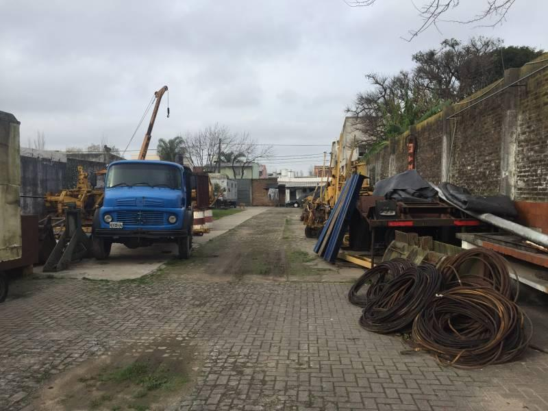 Foto Depósito en Venta en  Tigre,  Tigre  Ruperto Mazza al 1400