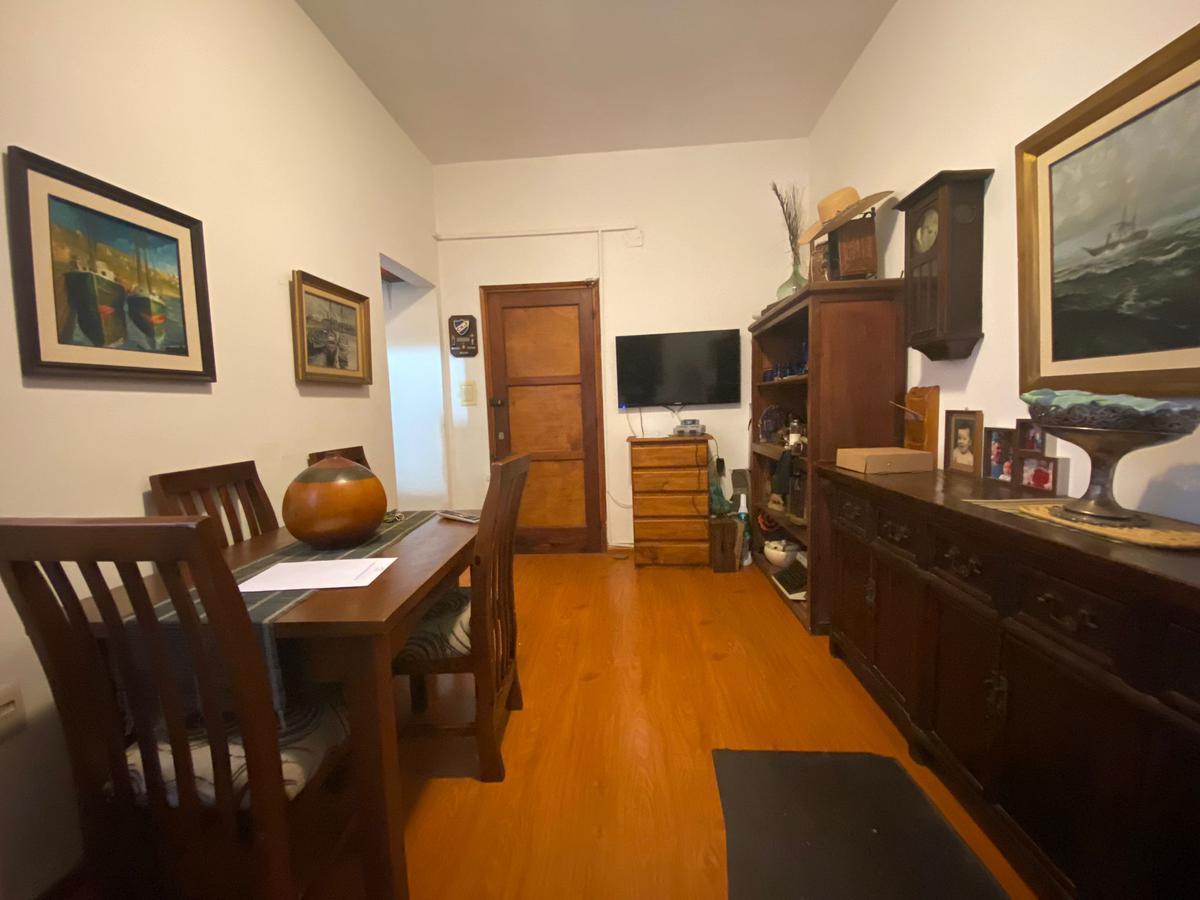 Foto Apartamento en Venta en  Palermo ,  Montevideo  Salto al 900