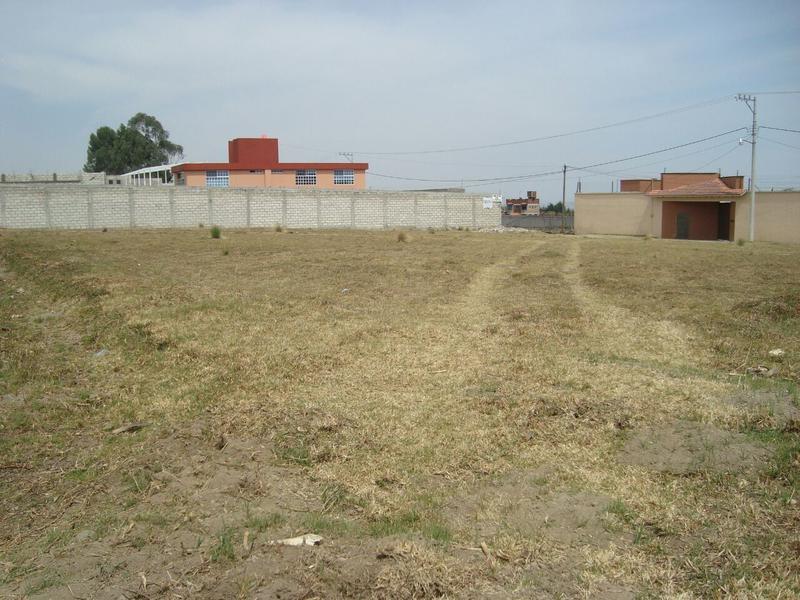 Foto Terreno en Venta en  Cacalomacan,  Toluca  TERRENO EN CACALOMACÀN. TOLUCA. VENTA