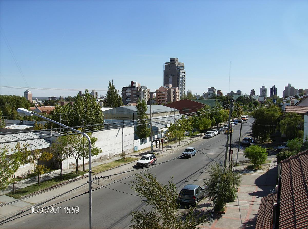 Foto Departamento en Venta en  Santa Genoveva ,  Capital  ISLAS MALVINAS al 1100