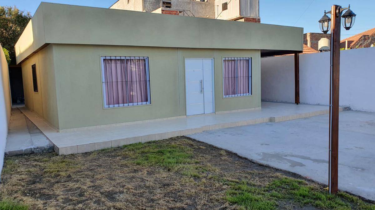 Foto Casa en Venta en  Neuquen,  Confluencia  Troperos al 1400, Confluencia, Neuquen