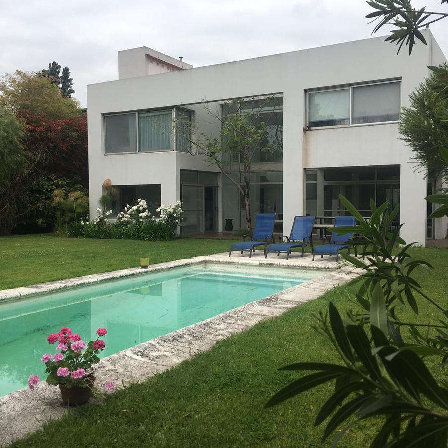 Foto Casa en Alquiler en  Countries/B. Cerrado (General Pacheco),  General Pacheco  barrio Laguna del Sol lote al 600