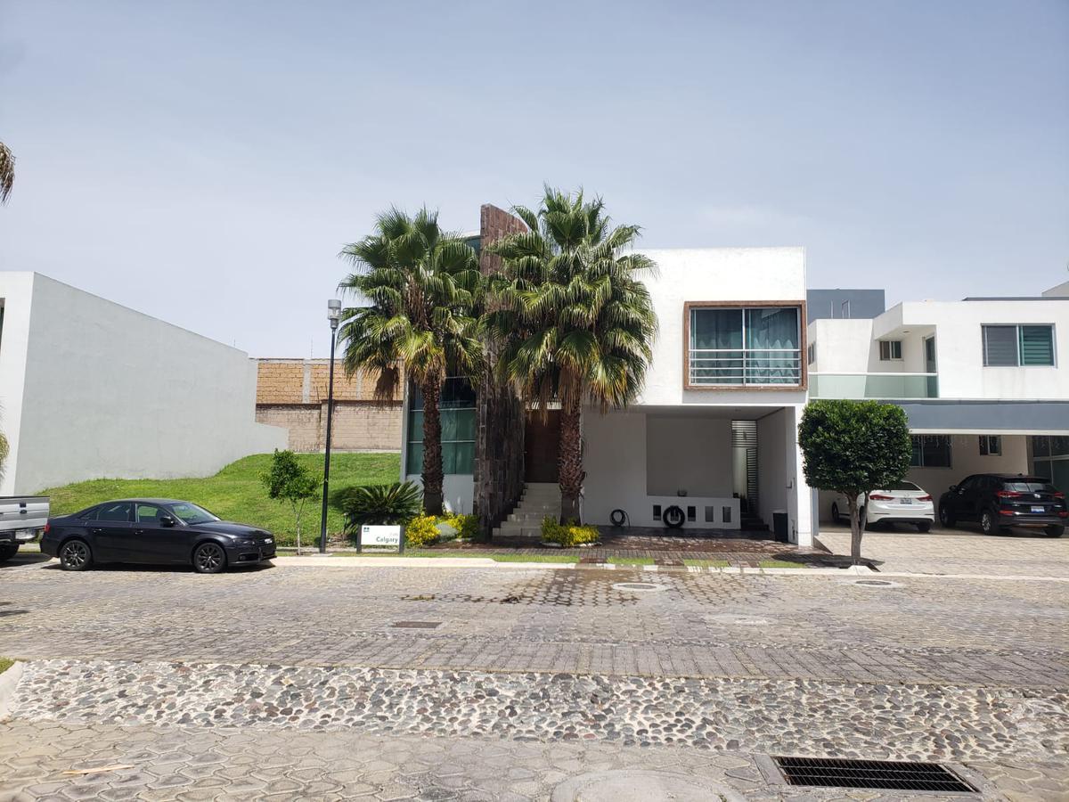 Foto Casa en Venta en  Fraccionamiento Lomas de  Angelópolis,  San Andrés Cholula  Casa en Venta en Parque Terranova Lomas de Angelopolis San Andres Cholula Puebla