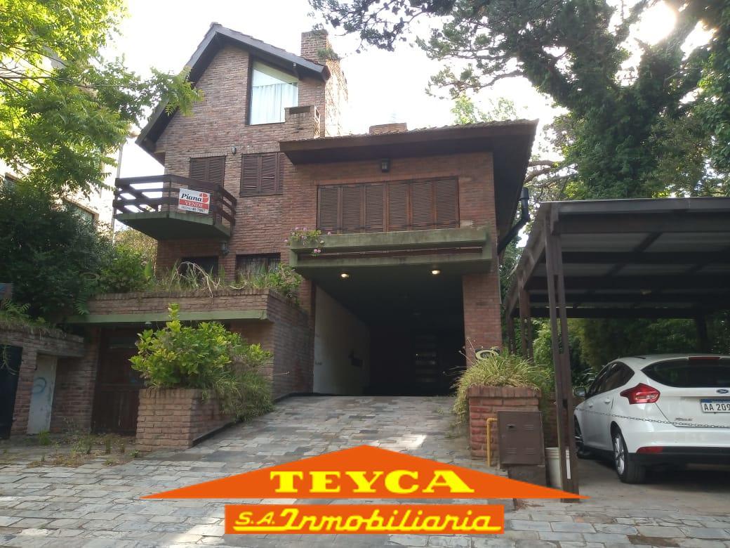 Foto Departamento en Alquiler temporario en  Duplex,  Pinamar  del Dorado 888 e/ De las Artes y Centuaro