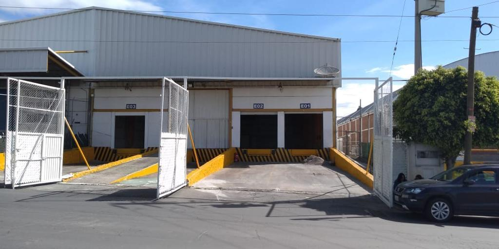 Foto Nave Industrial en Renta en  Pueblo Sanctorum,  Cuautlancingo  RENTA DE NAVE, CUAUTLANCINGO,  AUTOPISTA, TRIFASICA, ANDENES