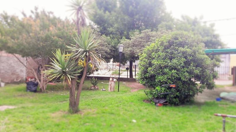 Foto Casa en Venta en  Villa Parque,  Santa Rosa  Catriló