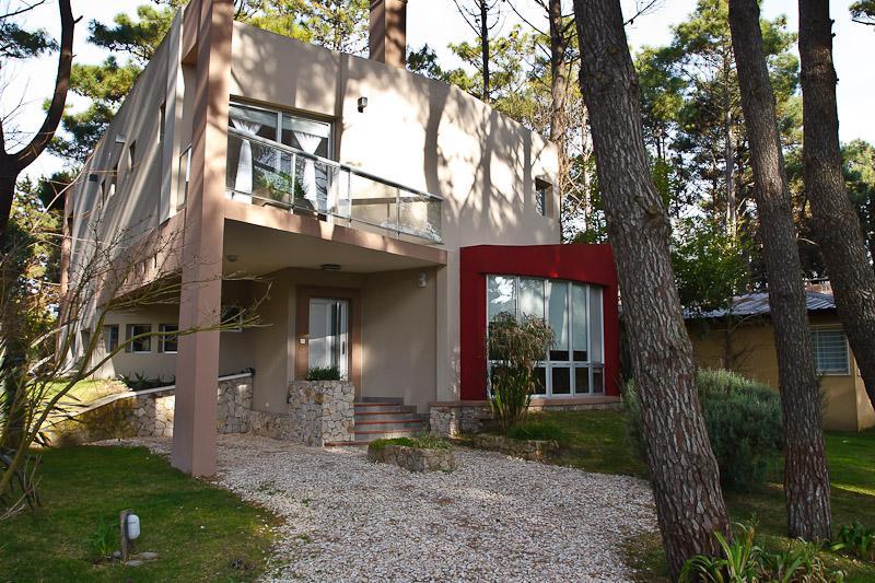 Foto Casa en Alquiler temporario en  Mar De Las Pampas ,  Costa Atlantica  Lake Mera