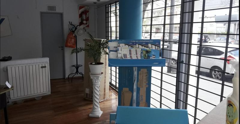 Foto Local en Alquiler en  Belgrano ,  Capital Federal  Avenida forest al 1500