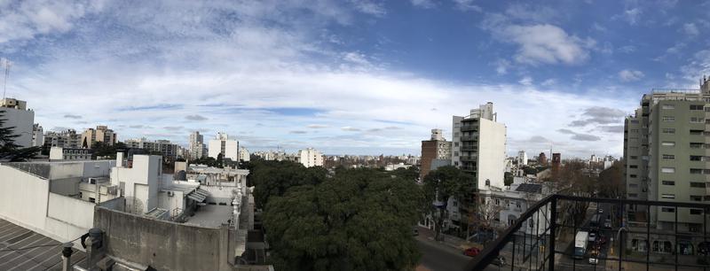Foto Departamento en Venta en  Pocitos ,  Montevideo  HERMOSO DUPLEX PARA RECICLAR