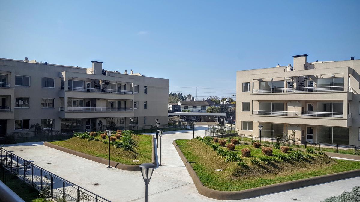 Foto Departamento en Venta en  Las Lomas-La Merced,  Las Lomas de San Isidro  Sucre San Isidro 1º piso 141
