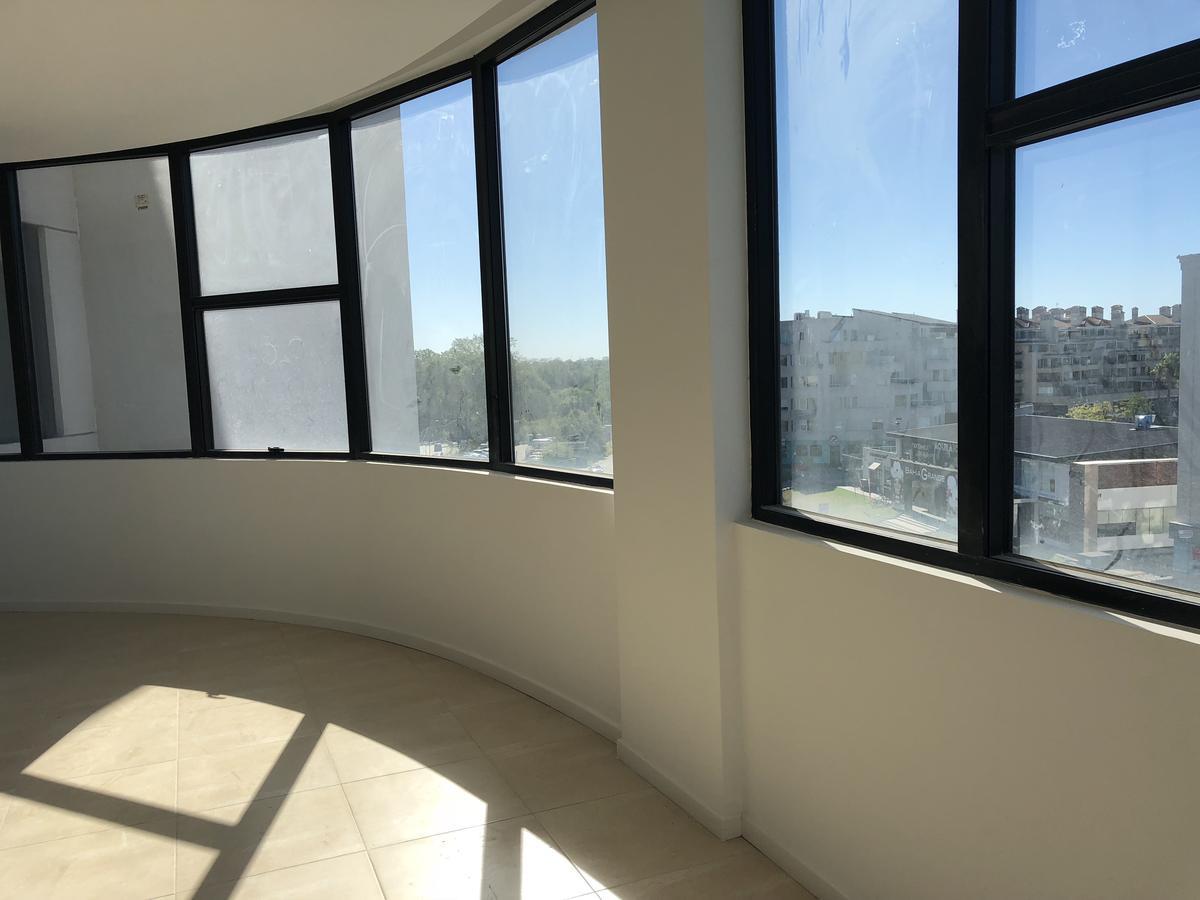 Foto Oficina en Venta en  Tigre ,  G.B.A. Zona Norte   Estudio de la Bahía, Nordelta.Oficina en venta de 45 metros 2, con cochera.