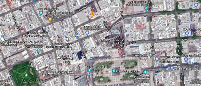 Foto Casa en Venta en  Ciudad Vieja ,  Montevideo  Paraná y Ciudadela  - con altura - espacios amplios
