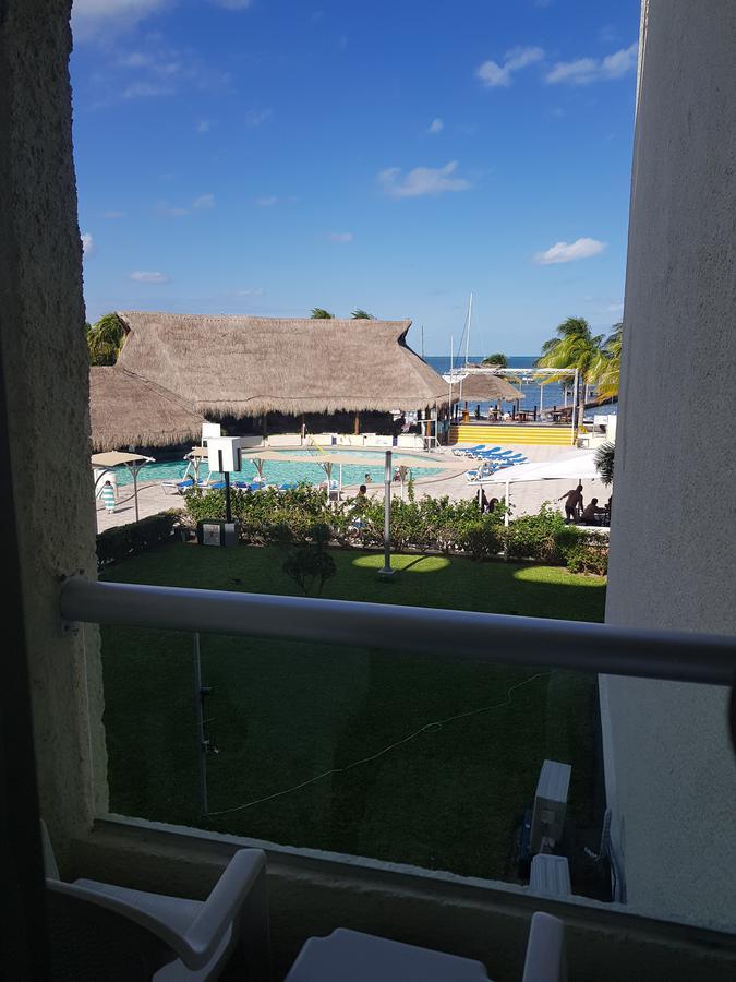 Foto Departamento en Venta en  Zona Hotelera,  Cancún  DEPARTAMENTO A LA VENTA AQUAMARINA CANCUN