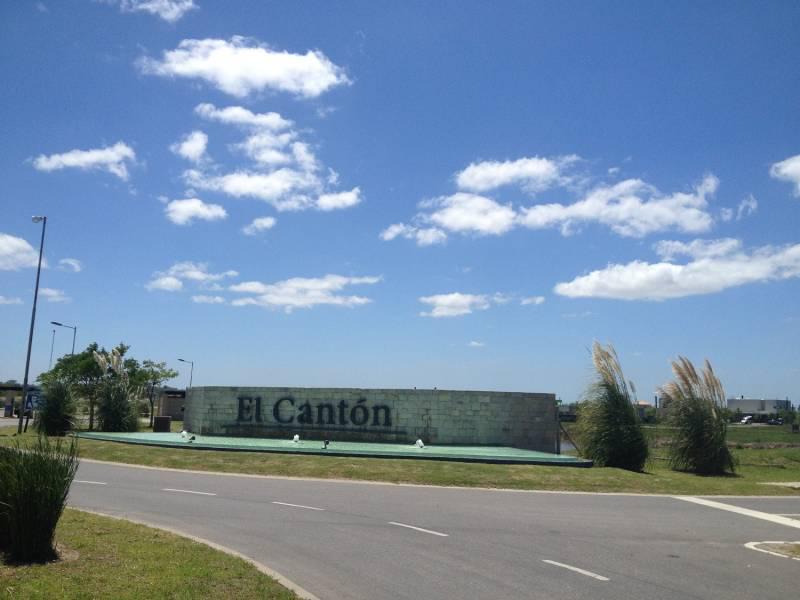 Foto Terreno en Venta en  El Canton,  Countries/B.Cerrado  Barrio Islas al 300