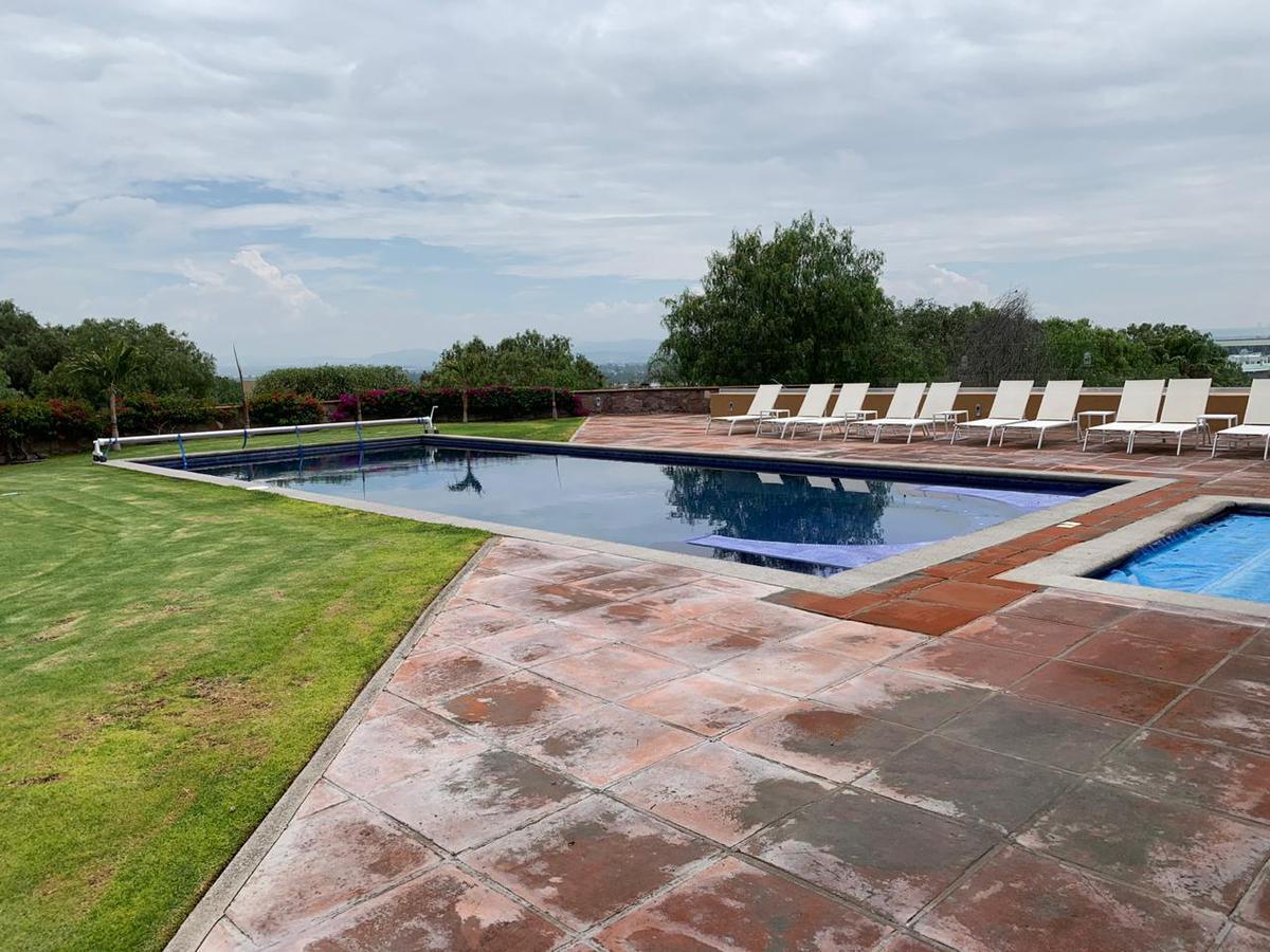 Foto Departamento en Renta en  Club de golf Balvanera Polo y Country Club,  Corregidora  RENTA DEPARTAMENTO AMUEBLADO BALVANERA POLO COUTRY CLUB QUERETARO