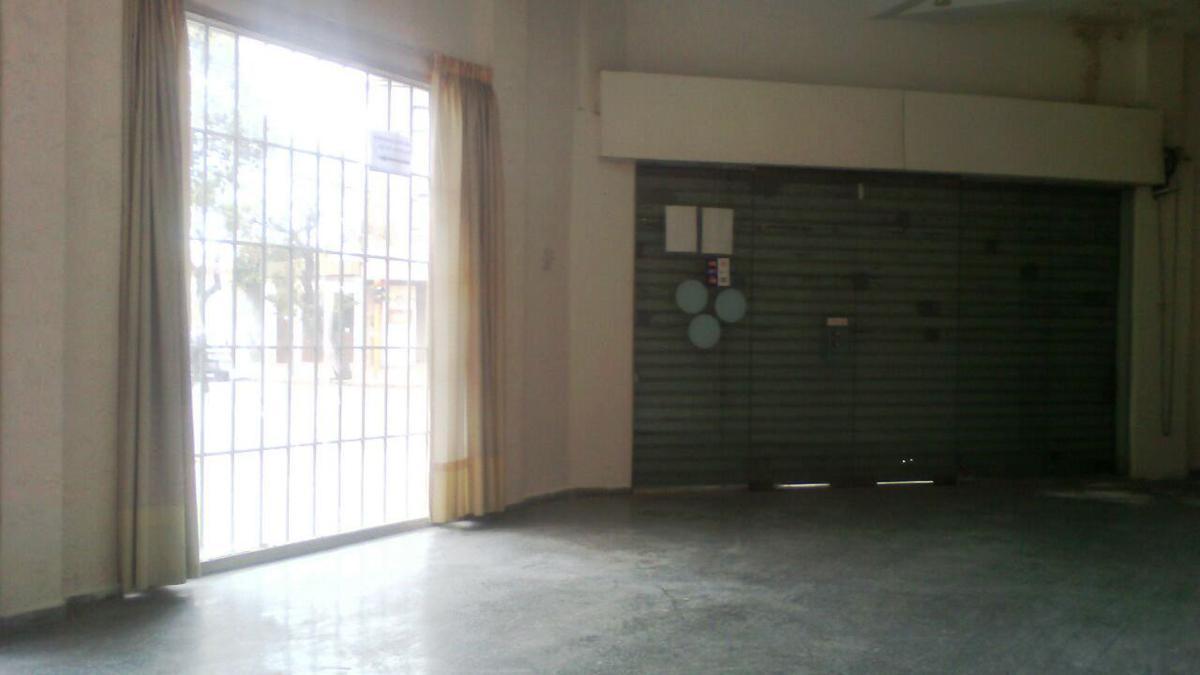 Foto Local en Alquiler en  Capital ,  San Juan  9 de Julio ESTE, esquina Tucumán