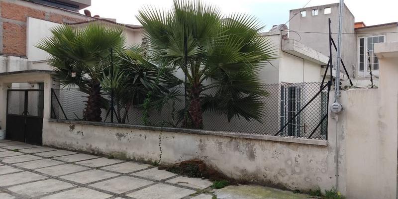 Foto Casa en Venta en  Centro,  Toluca  SE VENDE CASA COMO TERRENO ATRAS DE LA PROCURADURIA TOLUCA