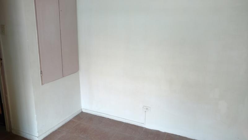 Foto Casa en Alquiler en  Castelar,  Moron  Munilla al 2500