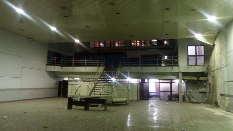 Foto Local en Venta en  Avellaneda ,  G.B.A. Zona Sur  AVENIDA MITRE 1600
