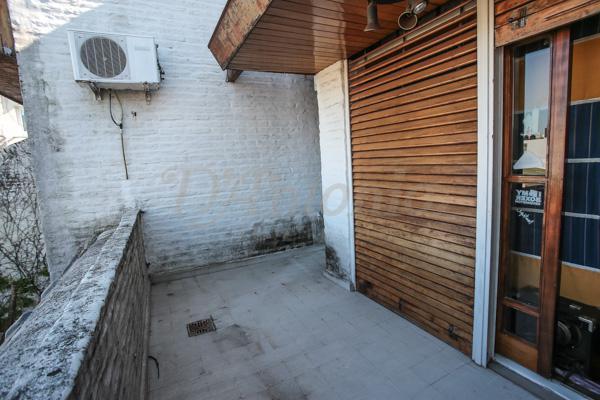 Foto Casa en Venta en  Caballito ,  Capital Federal  Juan Jose Biedma al 500