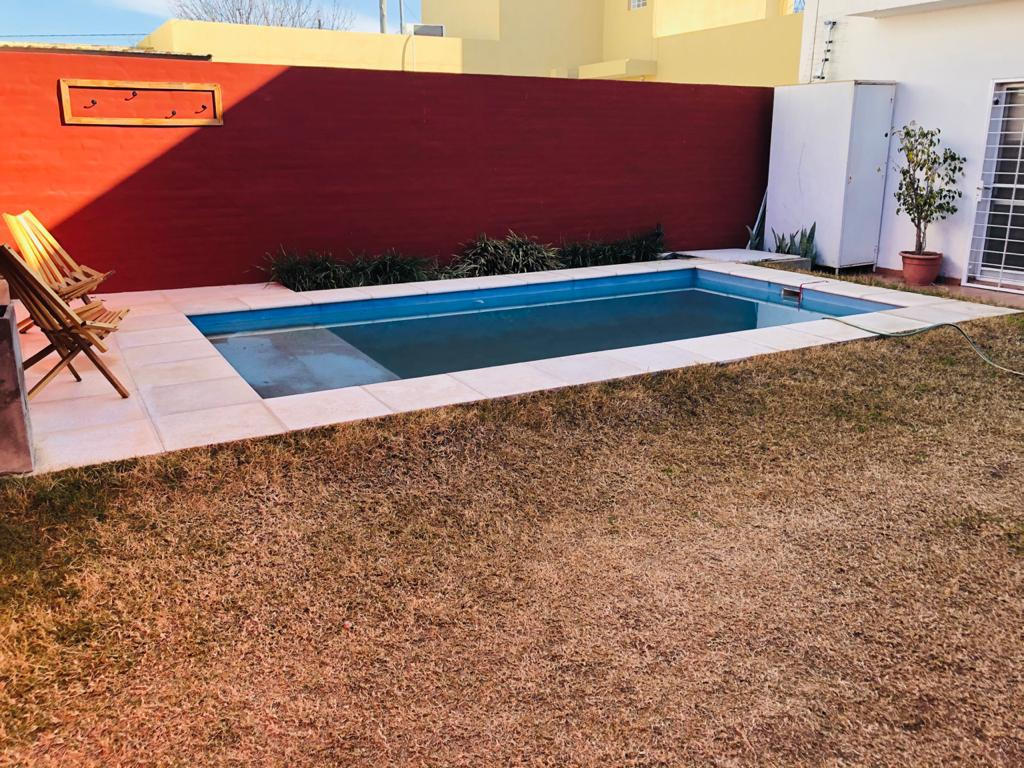 Foto Casa en Venta en  Nuevo Poeta Lugones,  Cordoba Capital  Félix Gigena Luque al 3000