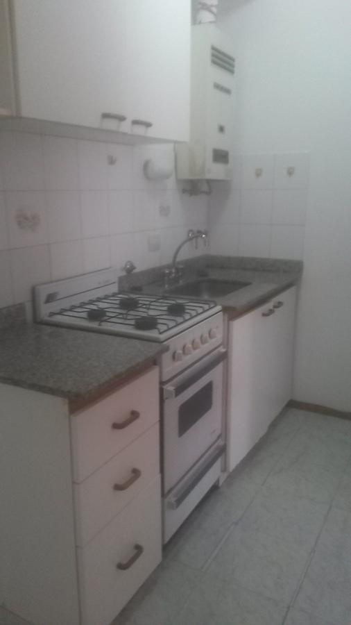 Foto Departamento en Alquiler en  Rosario,  Rosario  Colon 2451 01-01 - Escalera - Bajas expensas