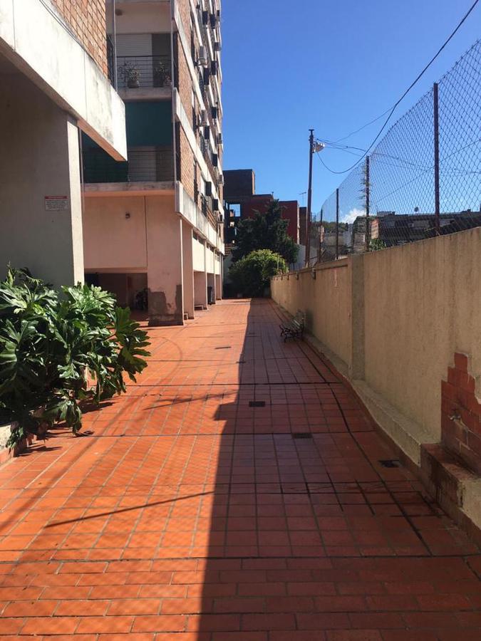 Foto Departamento en Venta en  S.Isi.-Vias/Rolon,  San Isidro  Alsina 71 10 G