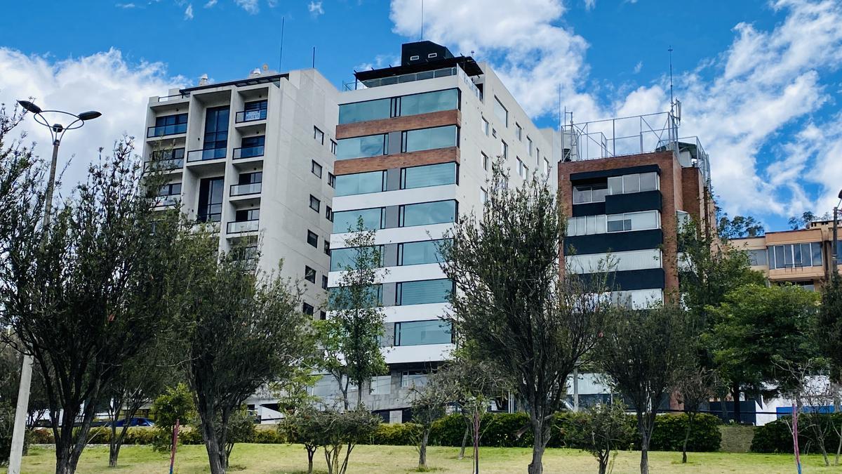 Foto Departamento en Venta en  El Batán,  Quito  Av. Eloy Alfaro y Gaspar de Villarroel