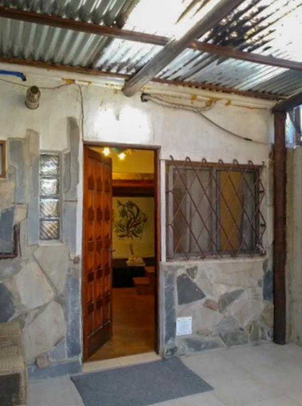 Foto Casa en Alquiler en  El Pinar ,  Canelones  dos cuadras al norte de Av. Giannattasio  y próximo a Pérez Butler