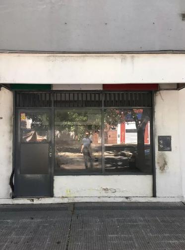 Foto Local en Alquiler en  La Plata ,  G.B.A. Zona Sur  Diagonal 73 entre 2 y 3
