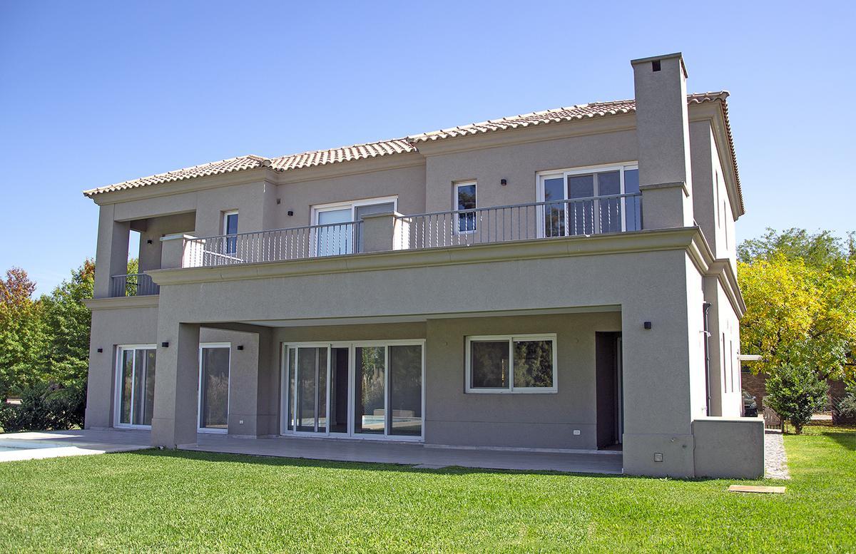 Foto Casa en Venta en RESIDENCIA EN BUENOS AIRES GOLF CLUB, San Miguel | Countries/B.Cerrado (San Miguel) | Buenos Aires Golf