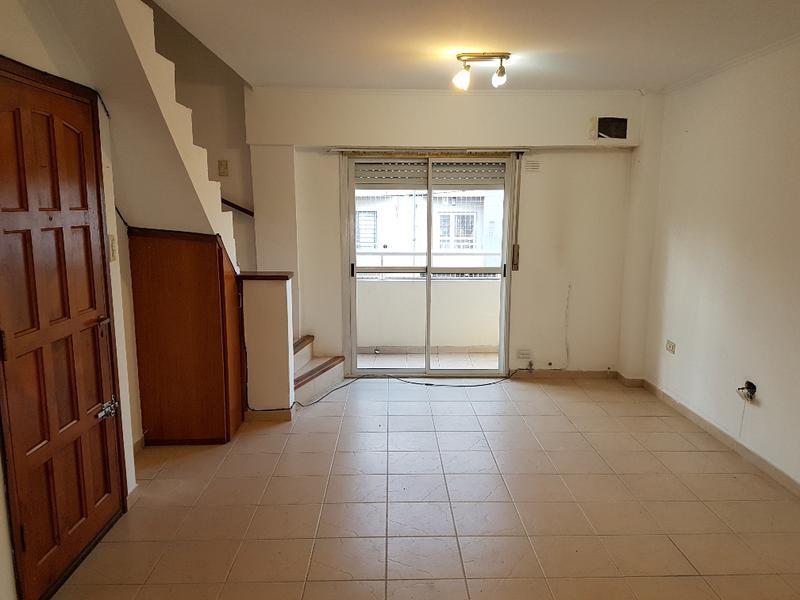 Foto Departamento en Venta en  La Plata ,  G.B.A. Zona Sur  17 35 y 36