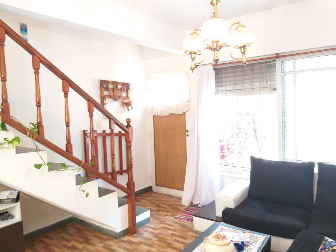 Foto PH en Venta en  Villa Ballester,  General San Martin  Permutas por deptos menor valor, Maipu 3092 villa ballester-4 Ambientes