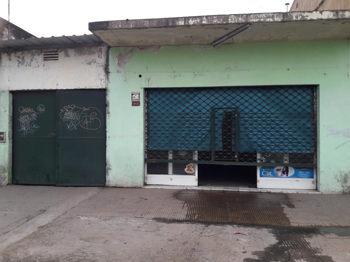 Foto Galpón en Venta en  Jose Clemente Paz ,  G.B.A. Zona Norte  Muñoz al 3600