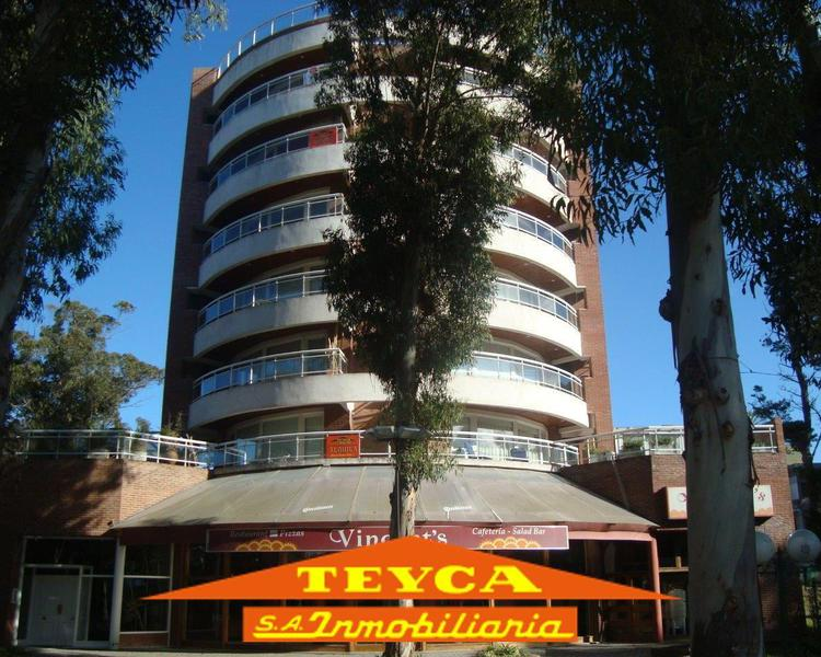 Foto Departamento en Alquiler en  Centro,  Pinamar  AV. BUNGE 520