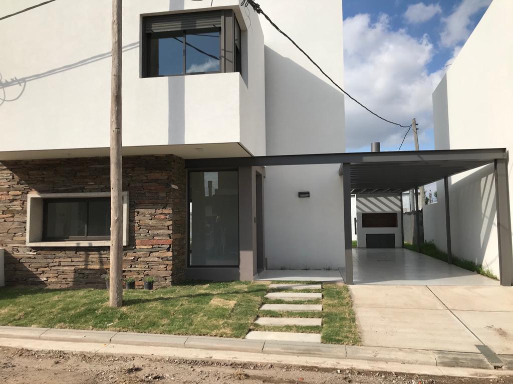 Foto Casa en Alquiler en  Valle Escondido,  Cordoba Capital  Casa 2 Dorm. en ALQUILER - LAS PIEDRAS - Valle Escondido -