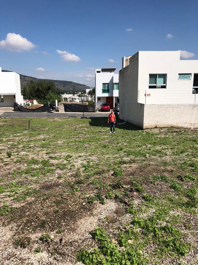 Foto Terreno en Venta en  Tlajomulco de Zúñiga ,  Jalisco         Terreno en  Condominio Bosque Real  Santa Anita