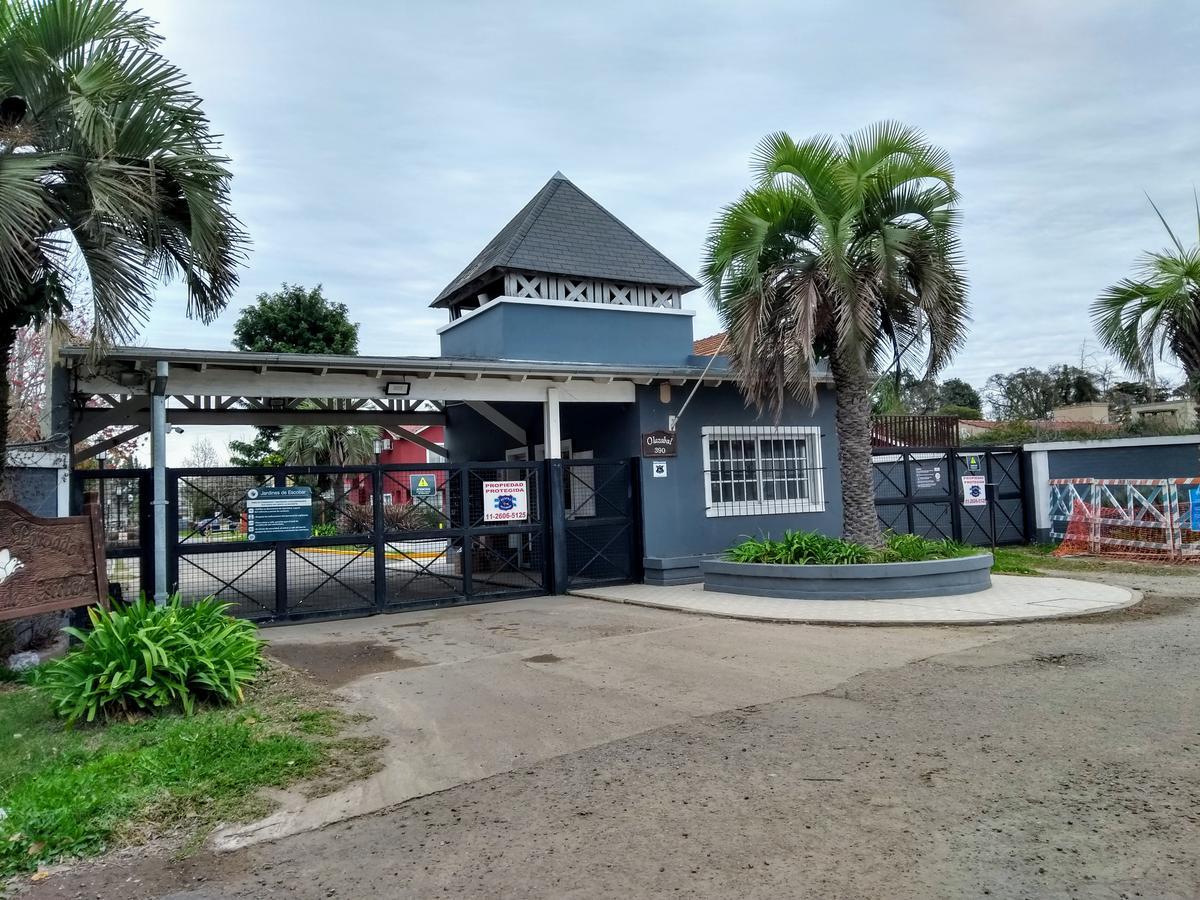 Foto Casa en Venta en  Jardines de Escobar,  Countries/B.Cerrado (Escobar)  Olázabal al 300
