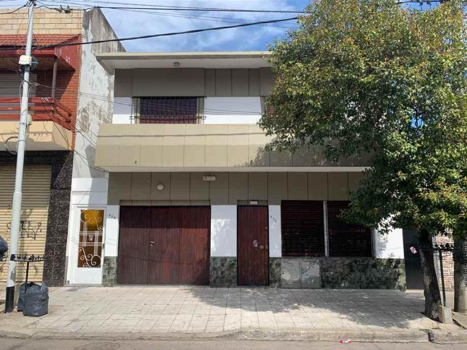 Foto PH en Venta en  Wilde,  Avellaneda  Boulevard Al  600