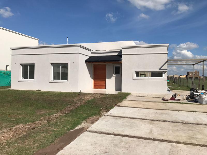 Foto Casa en Venta en  Santa Juana,  Canning  juana de arco al 6700 santa Juana