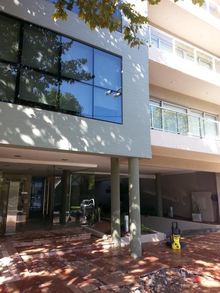 Foto Departamento en Alquiler en  Lomas de Zamora Oeste,  Lomas De Zamora  Rivera 234 2° G
