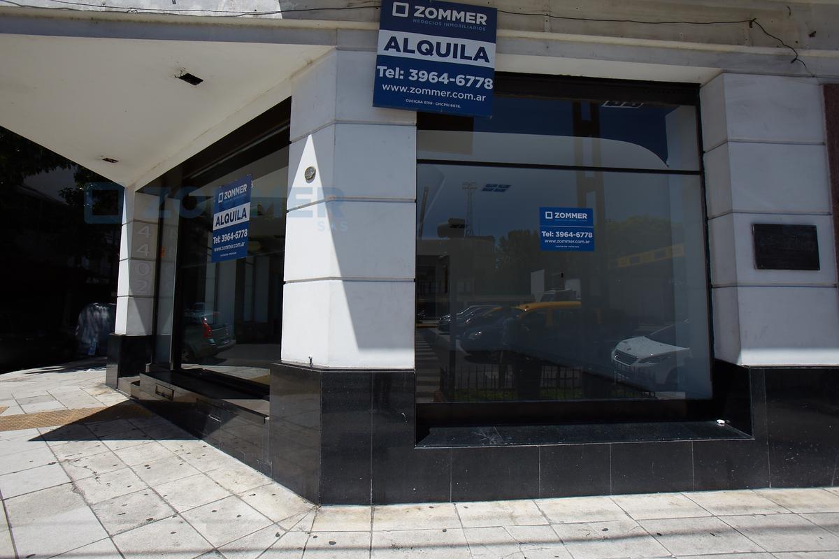 Foto Local en Alquiler en  Palermo ,  Capital Federal  Av del Libertador 4400, esq. Ortega y Gasset - Palermo