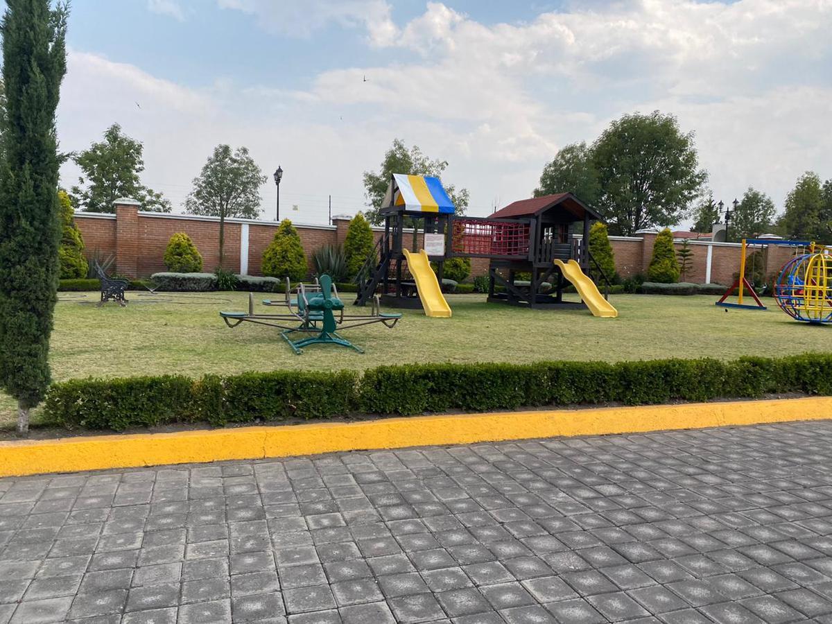 Foto Terreno en Venta en  Metepec ,  Edo. de México  TERRENO MALAGA