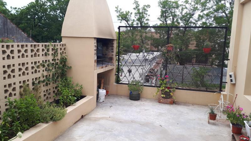 Foto Casa en Venta en  Monte Grande,  Esteban Echeverria  FERNANDO DEL TORO al 200