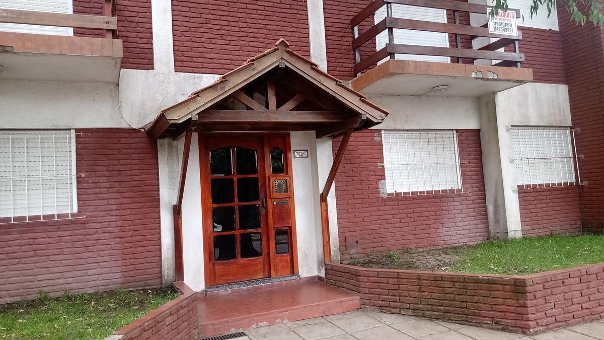 Foto Departamento en Venta en  San Bernardo Del Tuyu ,  Costa Atlantica  San Juan 2168 -  PB 1