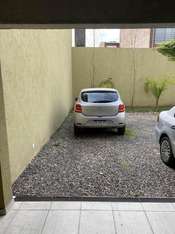 Foto Departamento en Venta en  S.Isi.-Barrio Carreras,  San Isidro  Laprida al 100