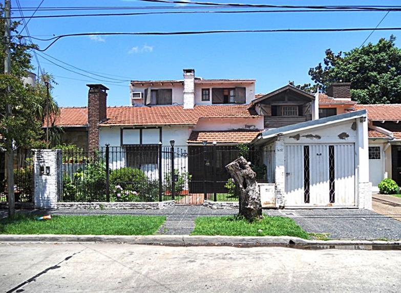 Foto Casa en Venta en  Carapachay,  Vicente Lopez  Silveyra al 3600