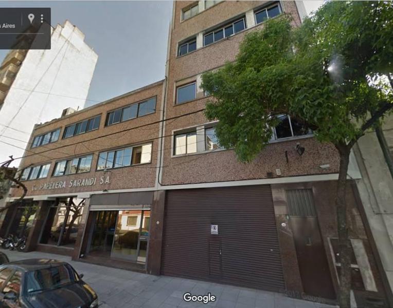 Foto Edificio Comercial en Alquiler en  San Cristobal ,  Capital Federal  sarandi  al 1500