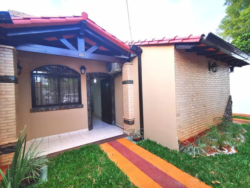 Foto Casa en Alquiler en  Los Laureles,  La Recoleta  Zona Los Laureles