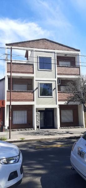 Foto PH en Venta en  Liniers ,  Capital Federal  PATRON al 6200